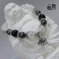 Az első karkötő, amit megmutatunk nektek. Ár: 3990 Ft . . . . . #elizaminerals #minerals #ásvány #ásványékszer #ásványkarkötő #kreatív #ékszer #kézműves #egyedi #hungarianjewelry #buddha #hegyikristály #elefánt #medál #onix #ónix #spiritualis #spirituális #kézzelkészült #kezzelkeszult #madeinbudapest Bracelets For Men, Pandora Charms, Elsa, Minerals, Buddha, Charmed, Jewelry, Instagram, Bijoux