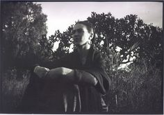 1932 Mexico Frida by the Cactus © Lucienne Bloch