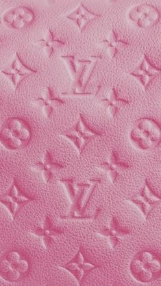 iPhone Louis Vuitton pink Monogram background/ www.