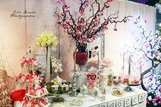 Un Candy bar et son arbre à dragées http://www.drageeparadise.fr/