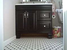 black-bathroom-vanity-rustoleum-transformations-retro-renovation
