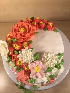 Coconut Chocolate Cake, Marshmallow Fondant, Buttercream Flowers, Russian Piping Tip, Buttercream Rose, Buttercream Peony, Buttercream Mum, Buttercream Ranuncalus