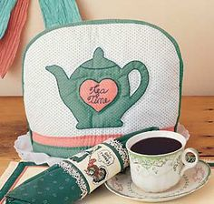 Quilted Tea Cozy free sewing pattern on Country Woman Magazine at http://www.countrywomanmagazine.com/project/tea-cozy-quilt-project/