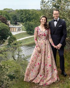 Princess Sofia Of Sweden, Princess Victoria Of Sweden, Princess Estelle, Crown Princess Victoria, Crown Princess Mary, Victoria Und Daniel, Princesa Victoria, Sweden Fashion, 10th Wedding Anniversary
