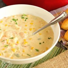 Creamy Shrimp & Corn Soup - A creamy Cajun-flavored soup filled with shrimp, corn, and potatoes. It's a great soup for company too! Casserole Recipes, Soup Recipes, Cooking Recipes, Brunch Recipes, Fall Recipes, Shrimp And Corn Soup, Recipe Collector, Salad Recipes Video, Chicken Tortilla Soup