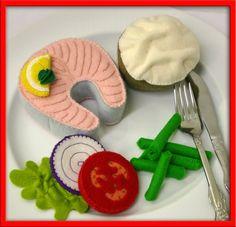 Natural Wool Felt Play Food - Salmon Dinner Set - Handmade for Waldorf & Montessori Play. Diy For Kids, Crafts For Kids, Comida Diy, Felt Food Patterns, Felt Fish, Felt Play Food, Pretend Food, Salmon Dinner, Homemade Toys