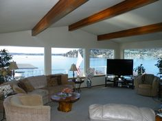 Gene Coulon VRBO 285210 - 3 BR Seattle House in WA, Seattle Lake Washington Waterfront Home $7,490/month