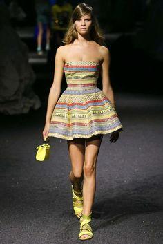 La robe de soirée printemps-été 2015 du défilé Philipp Plein