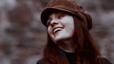 James Potter, Lily Potter, Lily Evans Potter, Harry Potter Icons, Harry Potter Gif, Harry Potter Characters, Hogwarts, Percy Jackson, All The Young Dudes