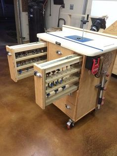 Router Table, constructed from ply and poplar materials. Full extension drawers with swivel shelves for bit storage. Router Table, constructed from ply and poplar materials. Full extension drawers with swivel shelves for bit storage. Woodworking Router Table, Router Table Plans, Workbench Plans, Woodworking Workshop, Woodworking Furniture, Woodworking Shop, Woodworking Plans, Woodworking Crafts, Folding Workbench