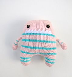 little knit monster. ahhhdorable.