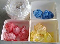 Silkkisuikaleita ja jämälankakerä neulontaan. Silk stripes and left over yarn ball for knitting.