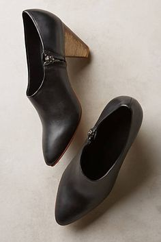 bb37e8a2037 Ariana Bohling Bedford Shooties Winter Shoes