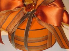 burnt orange ribbons adorn a Hermes box Creative Gift Wrapping, Creative Gifts, Wrapping Gifts, Wrapping Ideas, Orange You Glad, Pretty Packaging, Orange Crush, Happy Colors, Burnt Orange