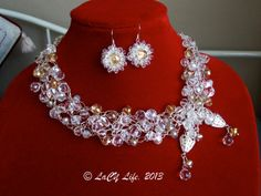 Hey, I found this really awesome Etsy listing at https://www.etsy.com/es/listing/127725053/cristal-en-alambre-de-plata-crochet