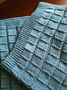 Pink Baby Blanket for Neighbours Baby Due in June - Helen Pullen - The Over the Rooftops Blanket KNITTING PATTERN is easy to knit with super bulky weight yarn and big needles. Looks like checkerboard pattern with alternating blocks of I made one just like Beginner Knitting Patterns, Knitting For Kids, Knit Patterns, Ravelry, Prayer Shawl Patterns, Pink Baby Blanket, Free Baby Blanket Patterns, Knitted Baby Blankets, Couture