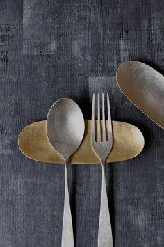 Banno Yuki / tea spoon and cutlery rest