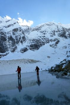 Arc'teryx athlete Ines Papert and Thomas Senf in Nepal