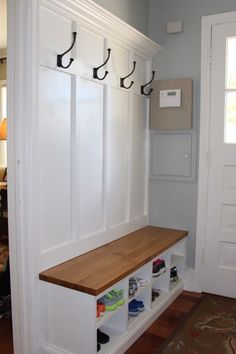 Room - Coat Rack and Bench Picture of Mud Room - Coat Rack and Bench Pretty much what I want but with storage above.Picture of Mud Room - Coat Rack and Bench Pretty much what I want but with storage above. Mudroom Laundry Room, Mud Room Lockers, Mud Room Garage, House Entrance, Entrance Ideas, Doorway Ideas, Entrance Design, Home Organization, Organization Ideas For Shoes