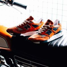New Balance 998: Orange
