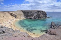 Photo Papagayo Beach in Lanzarote - Pictures and Images of Lanzarote - - Autore: Robert Bale Beach Tops, Beautiful Places To Travel, Canary Islands, Beautiful Islands, Holiday Destinations, Vacation Trips, Travel Inspiration, Places To Visit, Around The Worlds