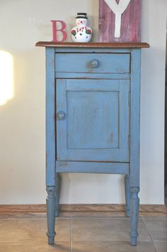 Fab Rehab Creations: Country Blue Cabinet