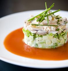Gazpacho met makreel, avocado en pittige mayonaise