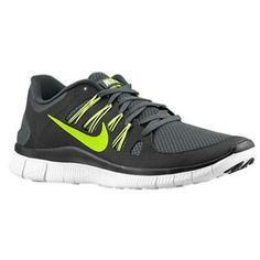 reputable site d2134 cd212 Nike Running, Running Shoes For Men, Foot Locker, Sneakers Fashion, Fashion  Trainers, Nike Free Shoes, Nike Men, Black White, Christmas Gifts