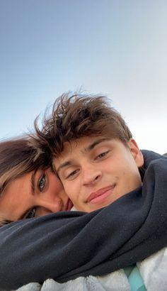 Teen Couples, Cute Couples Photos, Cute Couple Pictures, Cute Couples Goals, Cute Photos, Couple Pics, Relationship Goals Pictures, Cute Relationships, Boyfriend Goals