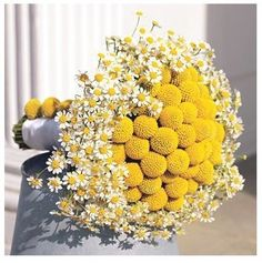 Love this bouquet. So cheerful. - Love this bouquet. So cheerful. Bouquet Bride, Daisy Bouquet Wedding, Yellow Wedding Flowers, Fall Wedding Bouquets, Yellow Flowers, Daisies Bouquet, Chrysanthemum Bouquet, Daisy Flowers, Bridal Bouquets