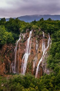 PLITVICE LAKES NATIONAL PARK, CROTIA, WATERFALLS