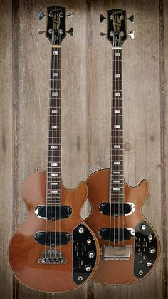 Cool and classic basses- Gibson Les Paul Triumph Bass.