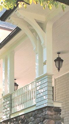 Love these porch supports.