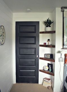 Adorable 70 DIY Small Apartment Decorating Ideas https://wholiving.com/70-diy-small-apartment-decorating-ideas