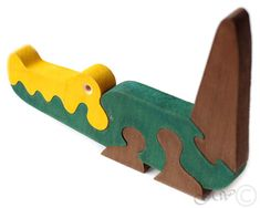 Wooden Puzzle Crocodile Wooden toys. Wooden animal by GreenWoodLT. Would probably tweak the design a little.