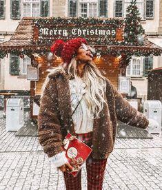 45 x leuke dingen om te doen in december - Suzanne Elisa Winter Girl, Winter Mode, Winter Snow, Christmas Mood, Christmas Presents, Christmas Cards, Christmas Aesthetic, Foto Pose, Winter Photography