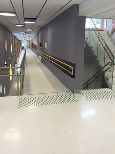 Nye Landås skole i Bergen - Adaptor Hjelpemidler AS