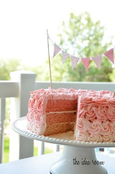 Ombre cake from The Idea Room. I will be doing this for a certain little girls birthday!