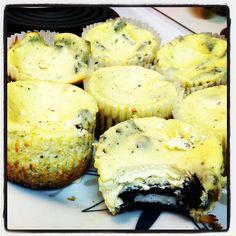 Mini Oreo Cheesecakes | Baker Kella