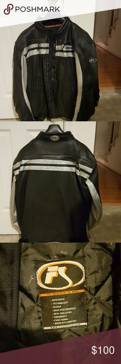 Men's Motorcycle Jacket Men's leather jacket Motorcycle Jacket. 100% Genuine leather   Made by FIELDSHEER.  The lower arms have padding, and the lower back has padding.  It also has a zippered liner. If your significant other rides a street motorcycle this is perfect. My husband sold his Suzuki so he no longer needs it. FIELDSHEER  Jackets & Coats Performance Jackets