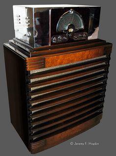 "1937 McMurdo Silver ""Masterpiece VI"" radio   by The Retro-Spector"