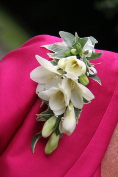 Determining Who Wears Flowers At Wedding For The Best Planning – Bridezilla Flowers Orchid Corsages, Orchid Bouquet Wedding, Cascading Wedding Bouquets, Flower Corsage, Corsage Wedding, Bride Bouquets, Bridal Flowers, Floral Wedding, Burgundy Wedding