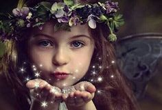 Little fairy girl Fairy Photography, Children Photography, Fine Art Photography, Photography Poses, Woodland Fairy, Forest Fairy, Fairy Photoshoot, Fairies Photos, Fairy Pictures