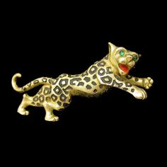 For the leopard lover in you! A fabulous Mid Century vintage Jomaz (Joseph Mazer) brooch from the 1960s. The leopard is artistically designed to