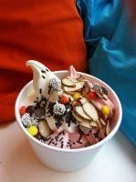 Yobot Frozen Yogurt, Runeberginkatu 54 A  Helsinki - jogurttijäätelö