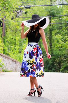 Sheinside floral midi skirt - sun hat - black heels - Have Clothes, Will Travel