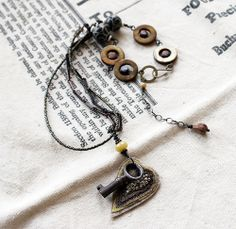 """Illusion"" necklace"