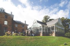 Zoe + Mark – A DIY wedding at Hexham Winter Gardens » My Blog