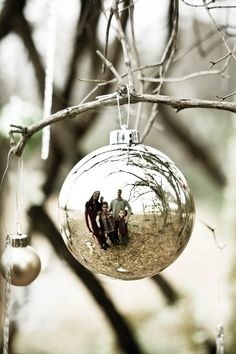 Love this! My daughter loves looking at herself in the reflection of ornaments!