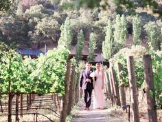 Coming into the ceremony at Calistoga Ranch. http://www.lesharon.com/blog/jenna-jimmy-/-all-you-need-is-love